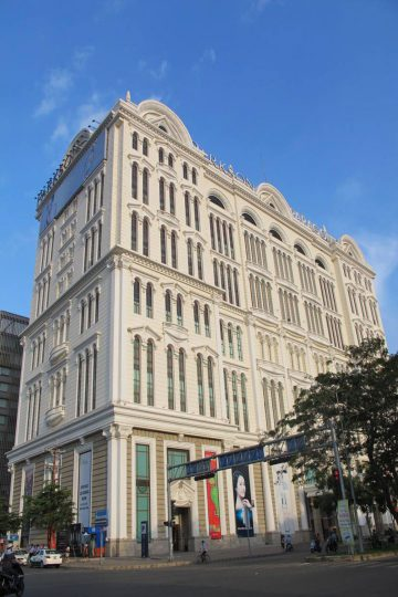 SAIGON PARAGON Commercial & Office Building